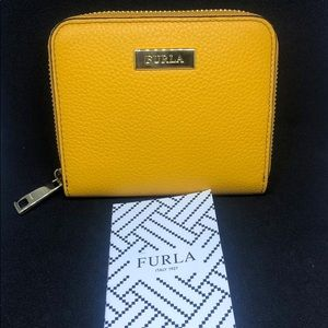 ❤️Furla Babylon Leather Zip Around Wallet